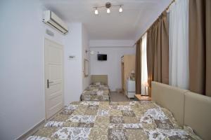 Karboni Hotel, Penziony  Mykonos - big - 44