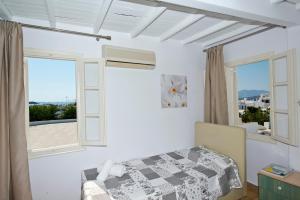 Karboni Hotel, Penziony  Mykonos - big - 41