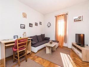 Two-Bedroom Apartment in Delnice - Brod na Kupi