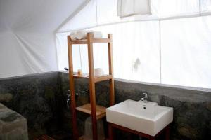 Resort stay in Shoghi, Shimla - Shogi