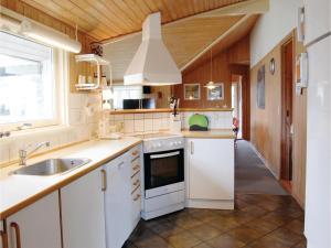 Holiday home Gulspurvevænget XII, Dovolenkové domy  Humble - big - 23
