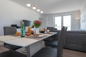 Ferienwohnungen Rosengarten, Апартаменты  Бёргеренде-Ретвиш - big - 175