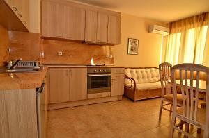 Velena Apartments, Apartmány  Kranevo - big - 9