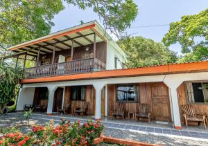 Cabinas Arrecife, Cahuita