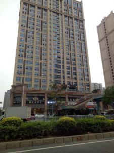 . Quanzhou Baijie Qingyuan Apartment