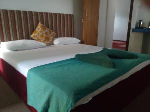 Deluxe Double Room Marine star inn