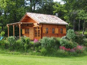Location gîte, chambres d'hotes Chalets du Bois de Vache dans le département Drôme 26