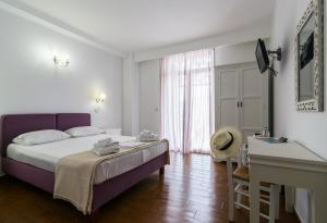 Malion Rooms