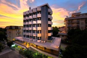 Hotel Raffaello - AbcAlberghi.com