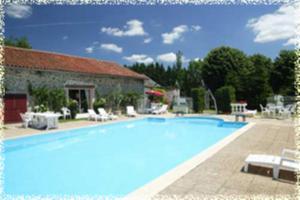 Hôtellerie de Plein Air Camping Leychoisier - Hotel - Bonnac-la-Côte