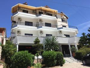 Hotel Freskia - Piqadhaq