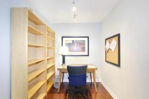 Pelican Suites at North York, Appartamenti  Toronto - big - 39