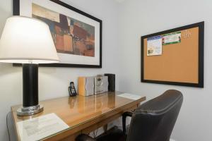 Pelican Suites at North York, Appartamenti  Toronto - big - 35