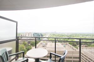 Pelican Suites at North York, Appartamenti  Toronto - big - 2