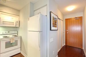 Pelican Suites at North York, Appartamenti  Toronto - big - 23