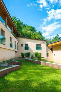 Patak Park Hotel - Adults Only, Hotely  Vyšehrad - big - 16