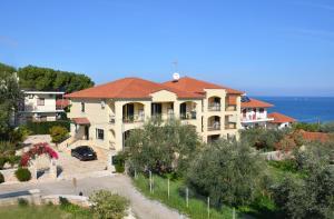 Hostels e Albergues - Hotel Patelis
