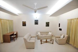 Le Chateau - Within Lake & Park, Guest houses  Dhaka - big - 14