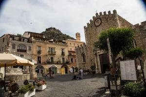 Loft Piazza Duomo - AbcAlberghi.com