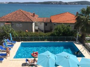 Hotel Bavaria - First Library Hotel, Hotels  Trogir - big - 84