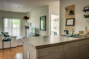 COMFY 2BR APT IN ARTS & ENTERTAINMENT DISTRICT, Apartmány  Charlotte - big - 25