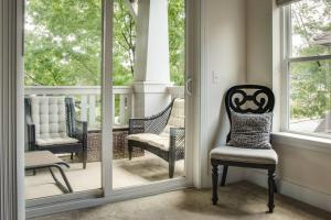 COMFY 2BR APT IN ARTS & ENTERTAINMENT DISTRICT, Apartmány  Charlotte - big - 22