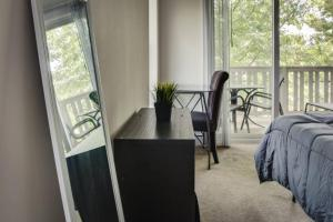 COMFY 2BR APT IN ARTS & ENTERTAINMENT DISTRICT, Apartmány  Charlotte - big - 5