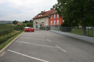 Hostel under Pohorje Hill