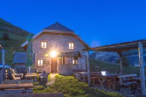 Guesthouse Letnja Basta - Jezero