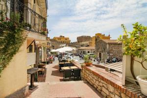 Taormina Sunny Experience - AbcAlberghi.com