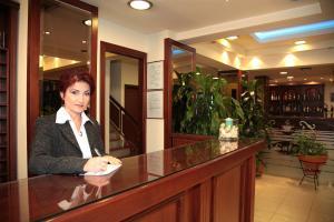 Hotel Avra, Hotely  Perea - big - 38