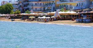 Hotel Avra, Hotely  Perea - big - 22