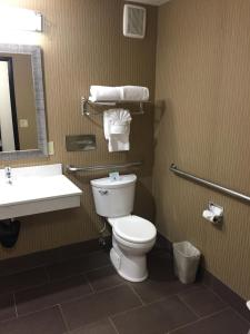 Best Western Plus Portland Airport Hotel & Suites, Hotels  Parkrose - big - 81
