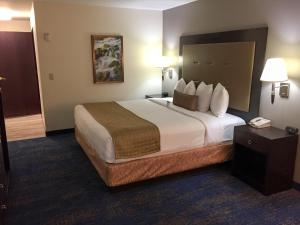 Best Western Plus Portland Airport Hotel & Suites, Hotels  Parkrose - big - 67