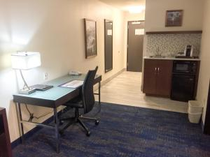 Best Western Plus Portland Airport Hotel & Suites, Hotels  Parkrose - big - 22