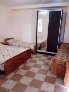 Guest House Ostrov Sokrovishch, Гостевые дома  Лоо - big - 99