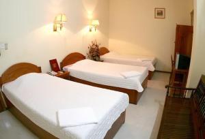 Aini Guest House & Hotel - Sengamuwa
