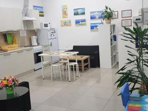 Hostel Nochi v Sochi - Orel-Izumrud