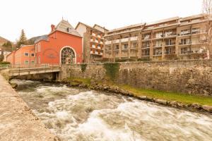 Pierre & Vacances Residence Les Trois Domaines - Hotel - Ax les Thermes