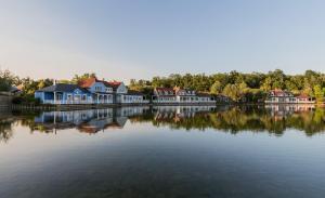 Location gîte, chambres d'hotes Center Parcs Le Lac d'Ailette dans le département Aisne 2