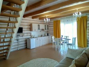 House on the, Guest houses  Ostashkov - big - 3
