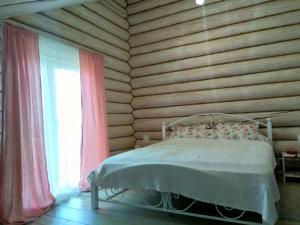 House on the, Vendégházak  Osztaskov - big - 40