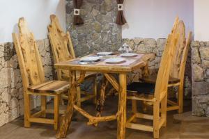 Rustic Lodge Plitvice, Bed and Breakfasts  Jezerce - big - 32