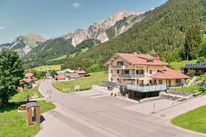Hotel Garni Stockinger - Klösterle am Arlberg