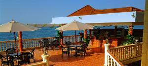 Seaside Suites and Hotel, Hotels - Freetown