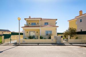 Villa Berlengas, Peniche