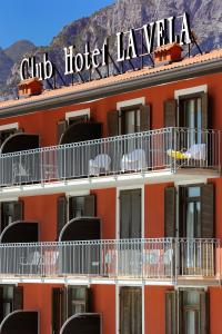 Club Hotel e Residence La Vela, Szállodák  Nago-Torbole - big - 25