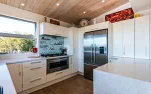 Wild Thyme, Guest houses  Oneroa - big - 71