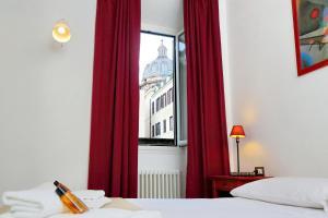 2-Bedroom Apartment Campo de Fiori - AbcRoma.com