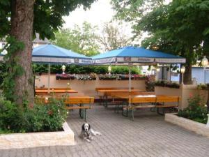 Assos Hotel Restaurant